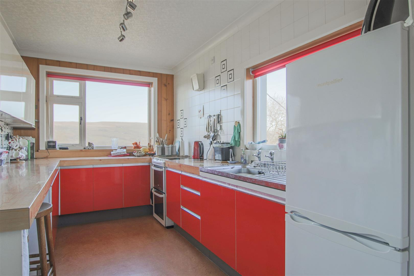3 Bedroom End Terrace House For Sale - 30.JPG